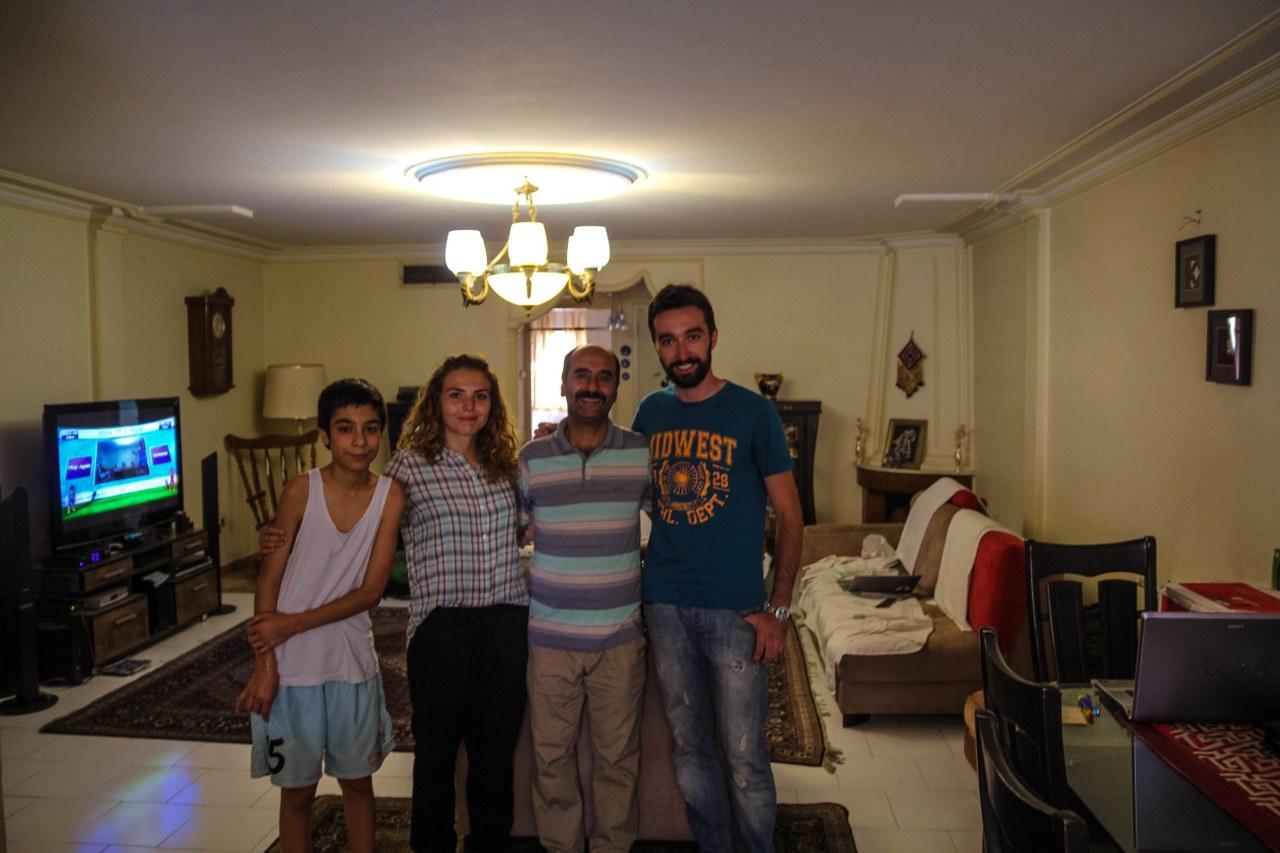 2-madrid-32_1067x800_1280x960  couchsurfing-iran-3_1280x853