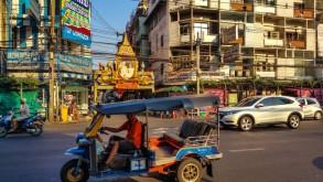 Ofertă Milano-Bangkok cu Etihad – 320 de euro dus-întors