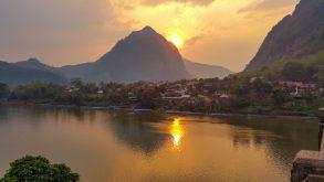 Nong Khiaw – ghid de călătorie