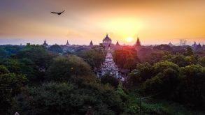 Răsărit peste Bagan, Myanmar. Jurnal de călătorie în poze