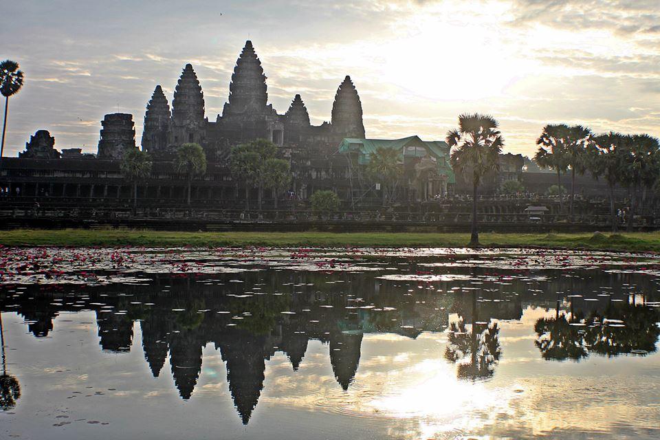 Lisabona-alfama  maroc_870x800  van-04  IMG_7559-768x576  cambodgia