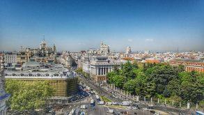Vlog de călătorie din Madrid. Hai să dansezi cu noi pe străduțele orașului!